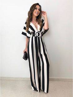 Black and White jumpsuit with belt for teens Fashion Wear, Fashion Pants, Hijab Fashion, Love Fashion, Fashion Dresses, Womens Fashion, Classy Outfits, Casual Outfits, Cute Outfits