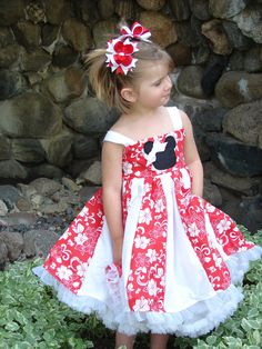 Someday I see a Minnie Mouse dress in my future. this one is by Carriecreations via Etsy. Bows by tulletime etsy.