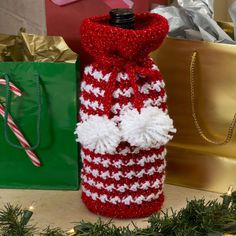 Best Free Crochet » Free Holiday Spirit Bottle Bag Crochet Pattern from RedHeart.com