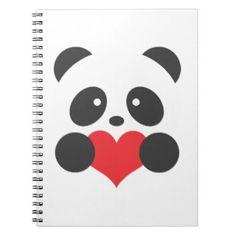 Libreta con panda y un corazón.