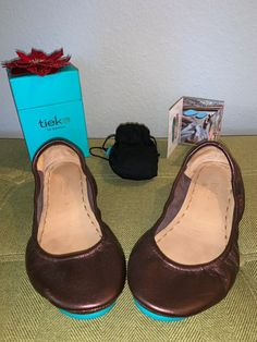 Tieks Raspberry Truffle size 9 hardly worn from smoke free home Tory Burch Flats, Truffles, Raspberry, Peep Toe, Smoke Free, Heels, Stuff To Buy, Things To Sell, Fashion