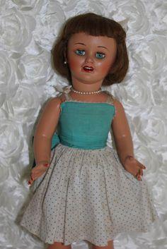 Hogarines y demas juguetes de mi infancia: Muñeca Marilyn de Santiago Molina