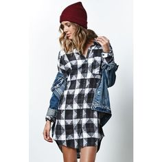 Vans Vitti Flannel Shirt Dress (225 BRL) ❤ liked on Polyvore featuring dresses, button up shirt dress, flannel dress, shirt-dress, long shirt dress and button down shirt dress