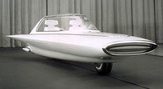 The Ford Gyron was unveiled at the Detroit Motorshow in 1961. This gyrocar had just two-wheels like a motorbike and was stabilised by gyroscopes and the distribution of the weight of the passengers. When stationary, the Ford Gyron was supported much like a motorbike, with legs that came out from underneath to keep it steady.