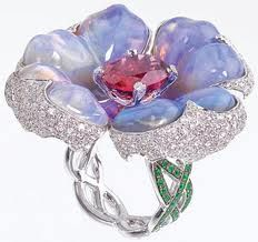 Opal-jewelry. WOW this is gorgeous!