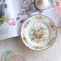 Antique Dishes, Bone China Tea Cups, Bread N Butter, Side Plates, Place Setting, Vintage Tea, Stoneware, Decorative Plates, Delivery