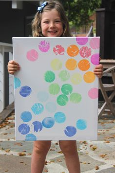 Crafting and making art with our kids is one of our favorite activities, especially when it results in a beautiful piece of wall worthy art! We love this project because it is simple and looks grea…