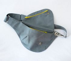 Belt Bag in Gray Cotton : Fanny Pack, Hip Bag  Made from a sturdy 12 oz. cotton duck fabric in light gray with a slightly bluish tone, our unique