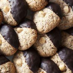 Nötkakor, 3 ingredienser plus choklad