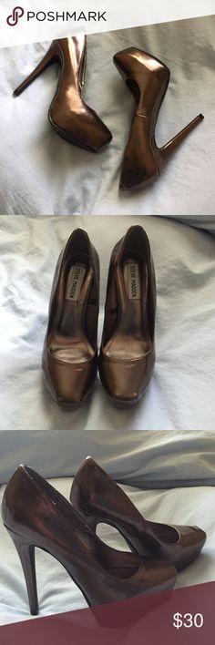 eaffa71a19a Brand new Steve Madden platform bronze heels Brand new! Steve Madden  platform bronze heels size