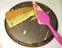 Frozen saffranscheesecake med pepparkaksbotten