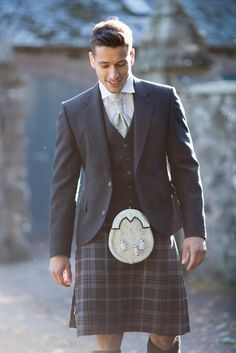Our Lomond Mist tartan was designed exclusively by MacGregor and MacDuff. We like to pair this tartan with our Glen Orchy tweed jacket and waistcoat.