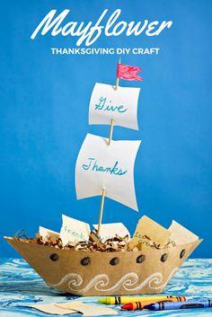 DIY Kids Crafts Thanksgiving - Thanksgiving Mayflower DIY Craft Centerpiece Gratitude Ship Fun for Kids & Adults to Make. Thanksgiving Centerpieces, Diy Centerpieces, Easy Diy Crafts, Diy Crafts For Kids, Simple Crafts, Thanksgiving Crafts For Kids, Autumn Crafts, Thanksgiving Recipes, Ship Craft