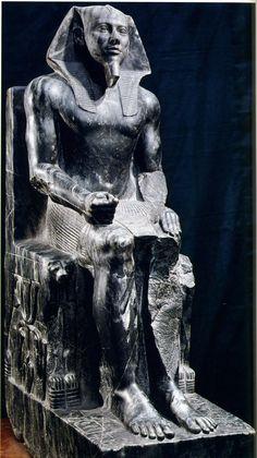 egyptian pharaoh menkaure   Pharaoh Khafre, statue from the Valley Temple of his pyramid at Giza ...