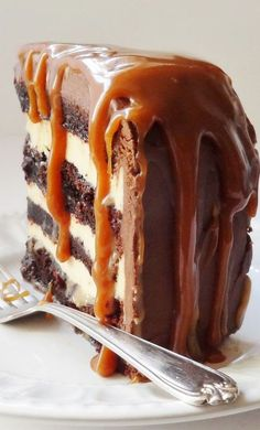 Salted Caramel Chocolate Fudge Cake. Oh my word, that looks sublimely tasty!!! #desserts #cakes