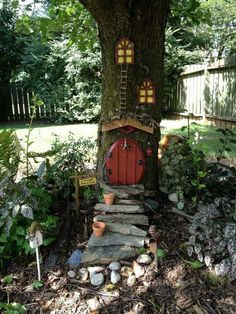 43 beautiful and easy fairy garden ideas for kids 40 > Fieltro.Net, ✔ 43 beautiful and easy fairy garden ideas for kids 40 > Fieltro.Net, ✔ 43 beautiful and easy fairy garden ideas for kids 40 > Fieltro. Fairy Tree Houses, Fairy Garden Houses, Gnome Garden, Garden Paths, Garden Art, Fairies Garden, Garden Types, Fairy Village, Mini Fairy Garden
