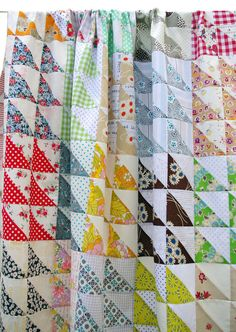 Retro Half Square Triangle (HST) Quilt Pattern (pdf file) by redpepperquilts on Etsy https://www.etsy.com/listing/156597404/retro-half-square-triangle-hst-quilt