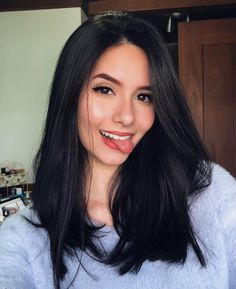 Best Long Straight Black Hairstyle Ideas of 2019 If you want to try black long straight hair, you can look at our picture album. You will marvel at the unique beauty of long straight black hair. Long Straight Black Hair, Medium Length Hair Straight, Short Hair Cuts, Hairstyle For Medium Length Hair, Short Black Hair, One Length Hair, Black Bob, Black Brown Hair, Medium Length Hairs