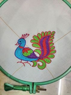 New ideas embroidery bird simple sew Embroidery Monogram Fonts, Embroidery Hoop Crafts, Hand Embroidery Videos, Hand Work Embroidery, Creative Embroidery, Hand Embroidery Stitches, Beaded Embroidery, Peacock Embroidery Designs, Hand Work Blouse Design