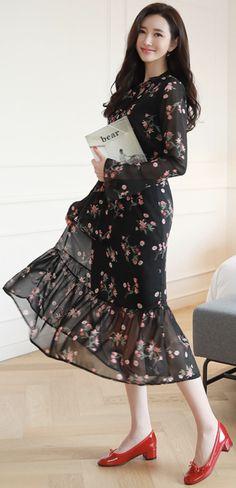 StyleOnme_Floral Print Ribbon Tie Chiffon Long Dress #floral #chiffon #dress #koreanfashion #kstyle #kfashion #feminine #dailylook #springlook