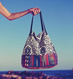 25 sacs de plage tendances pour cet été !