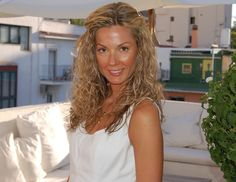 Simone Gloger, nutritionist for the Dukan Diet. She's the nutritionist who helps design the meals and recipes for the Dukan Diet, the worldwide sensation created by French doctor Pierre Dukan. But as it turns out, Gloger doesn't eat whatever she wants; she reall