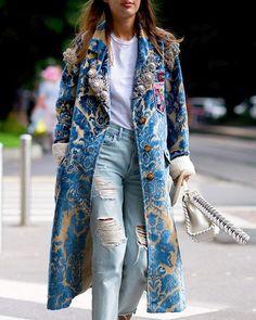 Before #Fendi #MilanFashionWeek #MFW #SS17 #StreetStyle #Coat #MiuMiu #PatriciaManfield