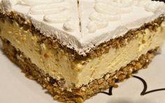 Carrot cake with cottage filling Czech Desserts, Sweet Desserts, Sweet Recipes, Cupcake Recipes, Cupcake Cakes, Matcha Cake, Barbie Cake, Croatian Recipes, Cake Bars