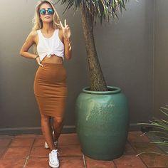 Crop top, skirt and sneakers