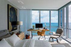Sunny Isles, in North Miami Beach, Roberto Migotto.