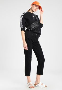 adidas Originals ADICOLOR CREW - Bluza - black - Zalando.pl