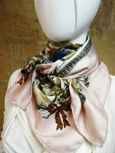 Authentic Vintage Hermes Silk Jacquard Scarf Napoleon by Philippe Ledoux Pink RARE