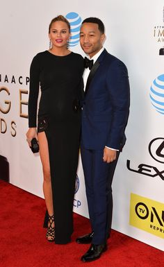 Pin for Later: Chrissy Teigen Finds the Perfect Mix of Modest and Edgy Red Carpet Dressing