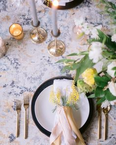 Our Costa Fresco Table Linen provides soft tones to this wedding.