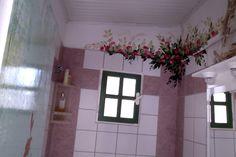 paiting bathroom