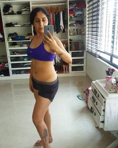 Neha Basin Navel Show Photos Bollywood Bikini, Show Photos, Navel, Basin, Health Fitness, Singer, Actresses, Bra, Lady