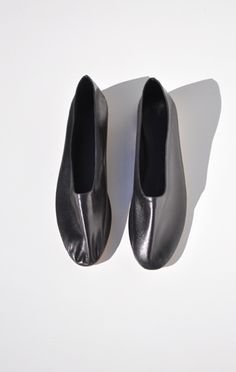 Anaïse / Martiniano Glove Slipper, Black