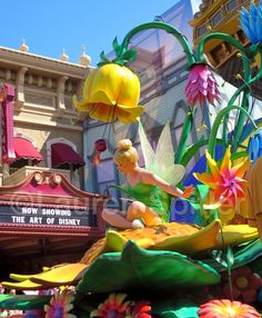 Some of my pictures of the Festival of Fantasy Parade at Magic Kindom