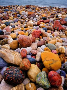 Lake Huron Beach Rocks, Port Huron, Michigan - Been on Lake Huron in Ontario. love to collect all the smooth glass too. Beautiful World, Beautiful Places, Beautiful Pictures, Beautiful Rocks, Beautiful Beach, Amazing Places, Pretty Beach, Beach Rocks, Sea Glass
