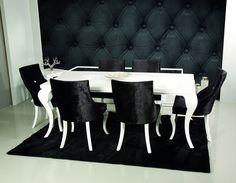 Фотография: Мебель и свет в стиле Классический, Декор интерьера, Декор дома, Обои, отделочные материалы, уход за обоями, виды обоев – фото на InMyRoom.ru