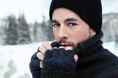 1 person, hat, closeup and outdoorYou can find Enrique iglesias and more on our person, hat, closeup and outdoor Enrique Iglesias, Moving To Miami, Latin Music, Big Hugs, Eric Clapton, Man Crush, One Pic, Close Up, Winter Hats