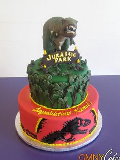 Jurassic Park Cake...if you EVER want to make me happy, then make me this for my birthday. I love Jurassic Park