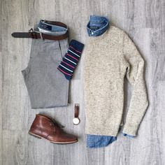 Stylish Mens Clothes That Any Guy Would Love 2319 Designer mens have gained more and more popularity over the last few years are no longer just plain and uninteresting as. Swag Outfits, Mode Outfits, Casual Outfits, Fashion Outfits, Business Casual Men, Men Casual, Grey Jeans Outfit, Mens Fashion Online, Mens Clothing Styles