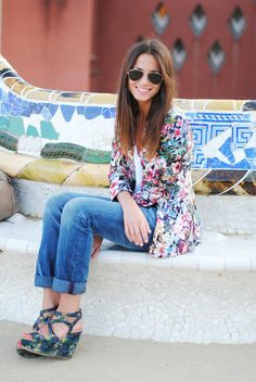 Barcelona Spring  fashion- Different print Floral Kimono and wedges