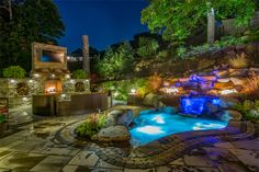 Hot Tub Movie Theater 2016 HNA Awards Honorable Mention - Combination of Hardscape Products - Residential (size more than 4,000 sf)
