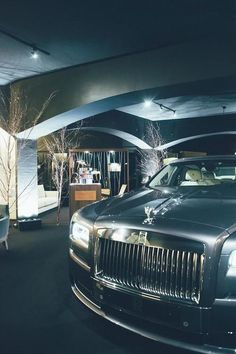 Rolls Royce Phantom- | ~LadyLuxuryDesigns