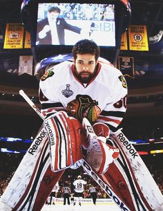 Corey Crawford of the Chicago Blackhawks Blackhawks Hockey, Hockey Teams, Chicago Blackhawks, Hockey Players, Hockey Stuff, Hockey Baby, Field Hockey, Ice Hockey, Reebok