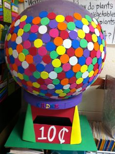 Use a balloon covered in garage sale dot stickers on top of a shoe box. Valentine Day Boxes, Valentines For Boys, My Funny Valentine, Valentine Day Crafts, Valentine Party, Valentine Ideas, Valentine Decorations, Holiday Crafts For Kids, Holiday Fun