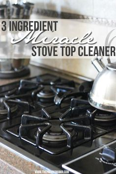 This really worked miracles on the baked on grime on my stove top! 3 Ingredient All Natural Stove Top Cleaner on thepinningmama.com