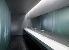 The perfect commercial restroom design. Sleek and sexy.